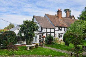 Cobweb Cottage, Evesham Road, Norton, Evesham, WR11 4TL