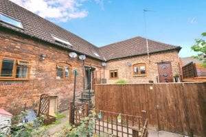4 Close Cottages, Coopers Lane, Evesham, WR11 1GW